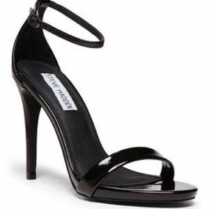 Steven madden stecy 5.5 black sandal heel 4.5 in